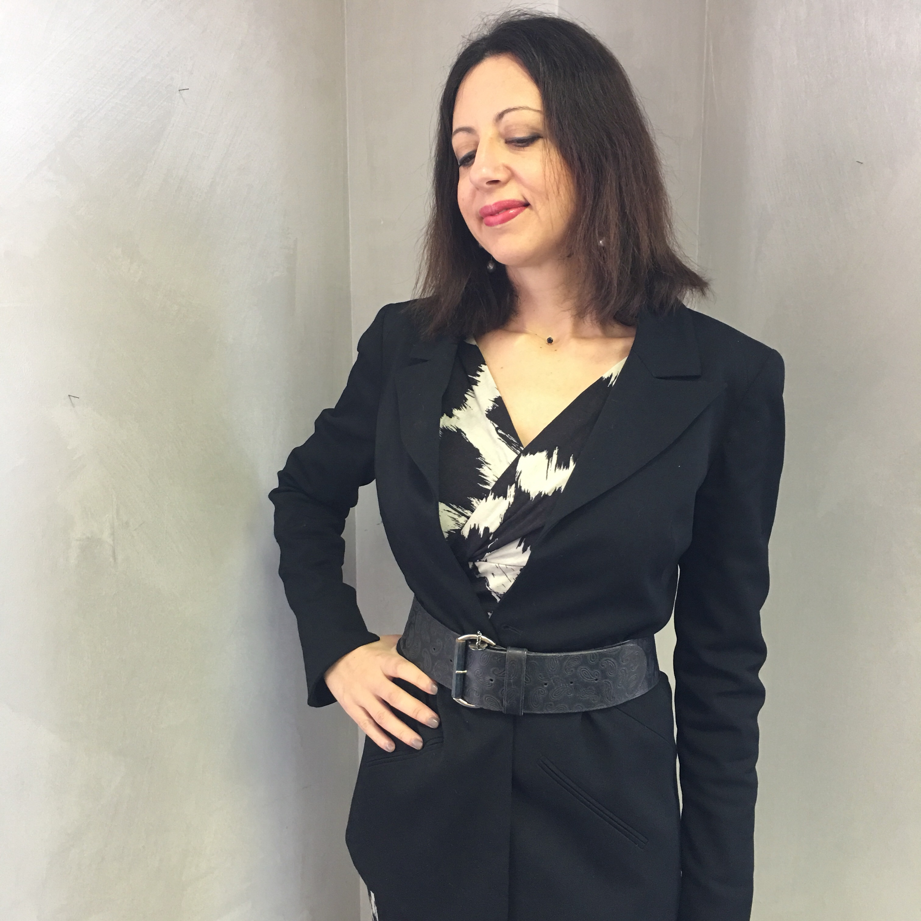 In ufficio in inverno: un outfit in bianco e nero