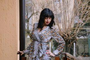 Mini abito con stampa pitonata, perfetto sia come abito che come blusa! L'ho ordinato sempre su Femme Luxe.